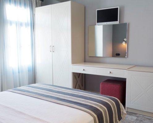 05-Medium-495x400 Odalarımız
