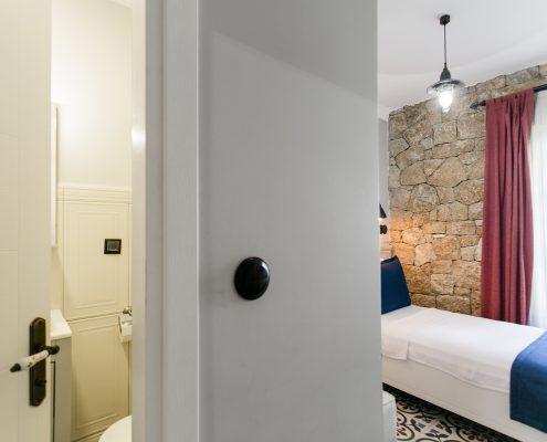 ayapetro-odalar-9-495x400 Odalarımız