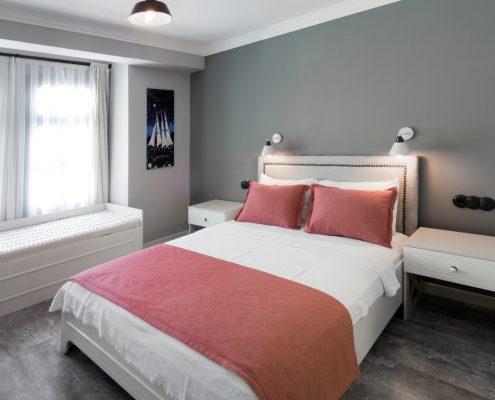 02-Medium-495x400 Odalarımız