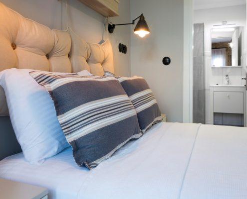 10-Medium-495x400 Odalarımız