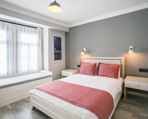 ayapetro-odalar-19-495x400 Odalarımız